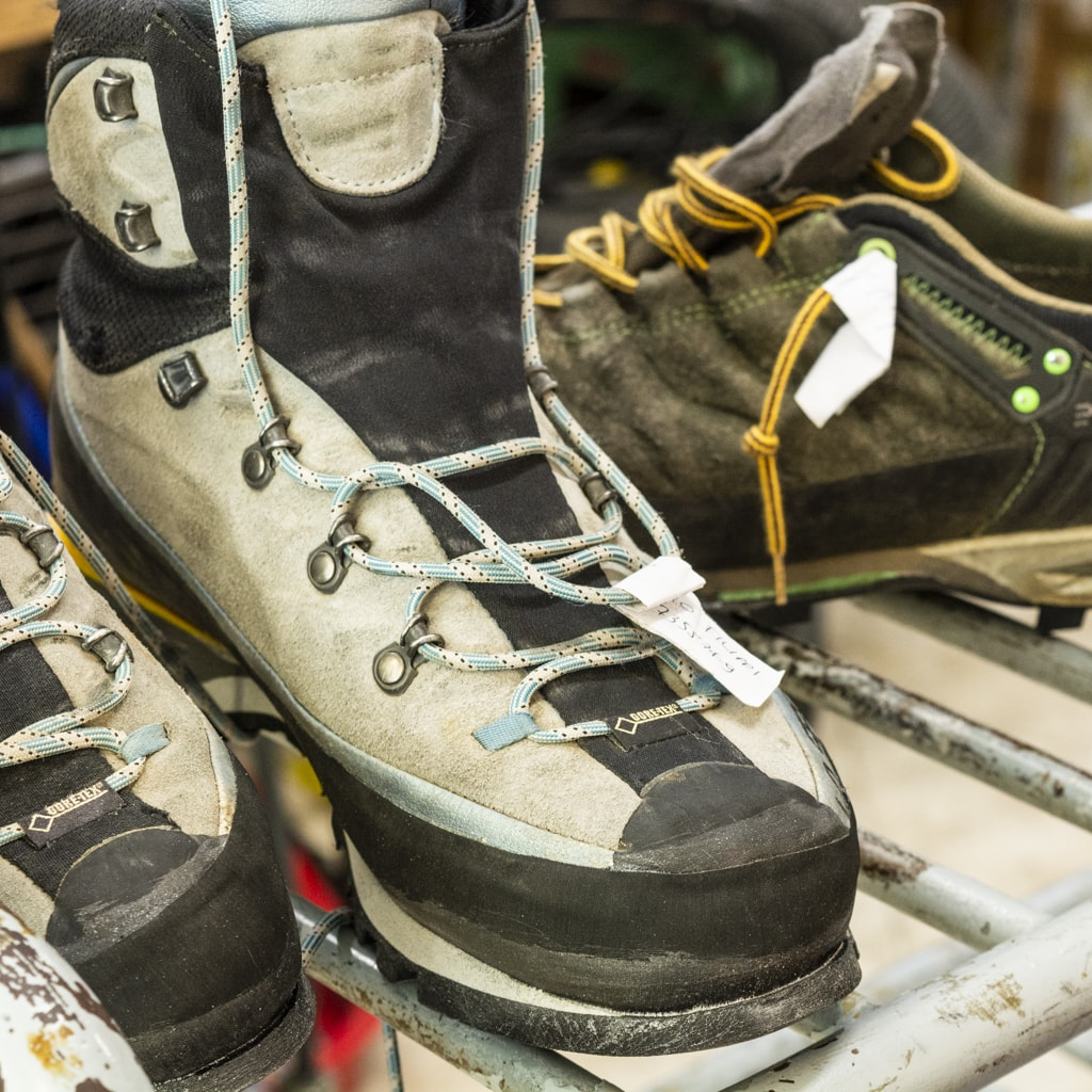 Arco Resoling climbing shoes and hiking shoes (7)