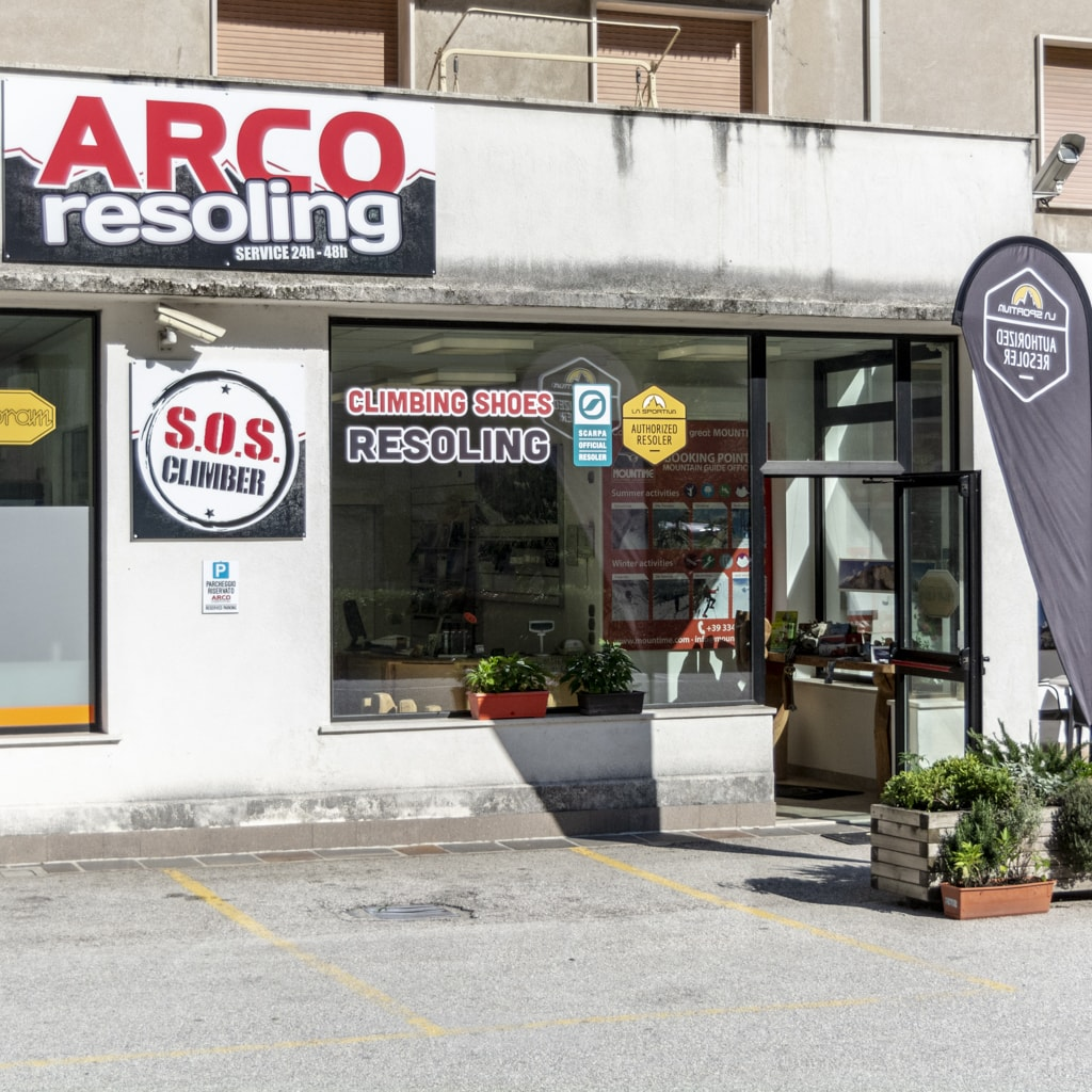 Arco Resoling climbing shoes and hiking shoes (8)